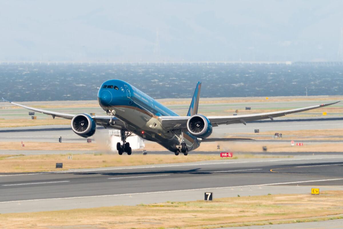 ベトナム航空、アメリカへの定期直行便実現か 米から最終許可取得へ