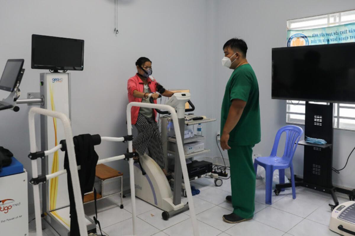 ベトナム:新型コロナ感染者1万11人を確認 26日発表