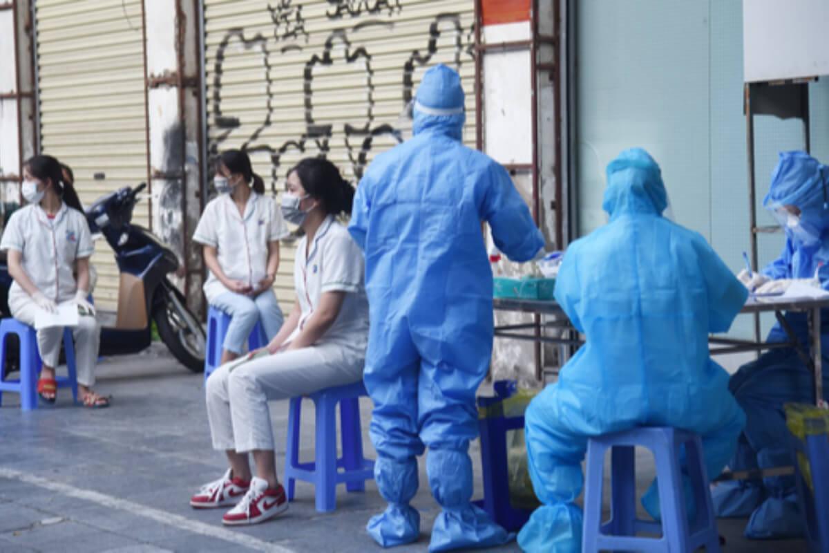 ベトナム:感染者7937人、前日から807人減  30日発表