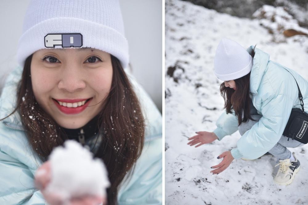 ベトナムで積雪、雪景色で写真撮影する観光客