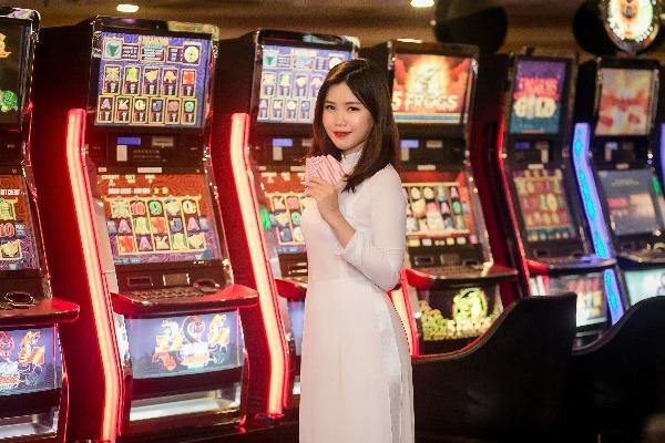【期間限定】カジノプレイでフラマリゾート宿泊料が特別価格に!