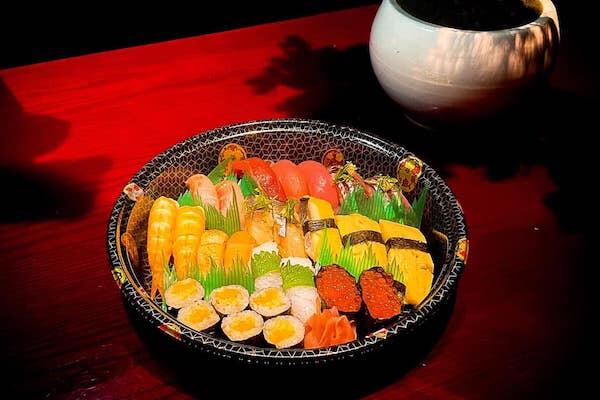 【期間限定】選べる寿司盛り販売開始! 26万9000ドン〜!