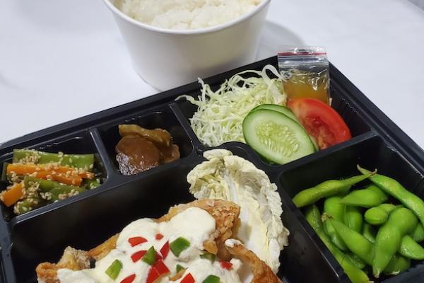 八十八商店,日本食,デリバリー,タイホー,お弁当,丼ぶり