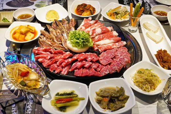 チョンダム(CHEONGDAM BBQ&SUSHI)