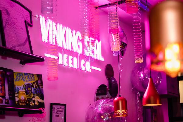 ウィンキングシールビールブルーイングカンパニー(Winking Seal Beer Brewing Co.)