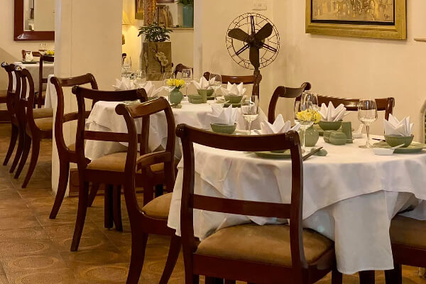シーズンオブハノイレストラン(Seasons of Hanoi Restaurant)