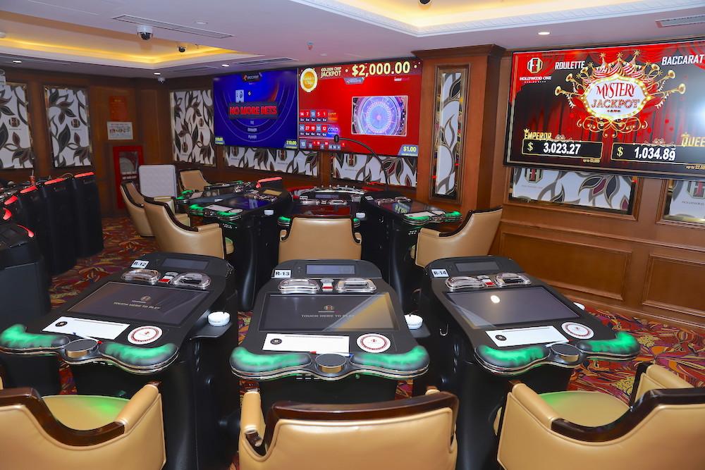 ハノイ,カジノ,日系,おすすめ,スロット,ポーカー,ハリウッドワン,ホテル